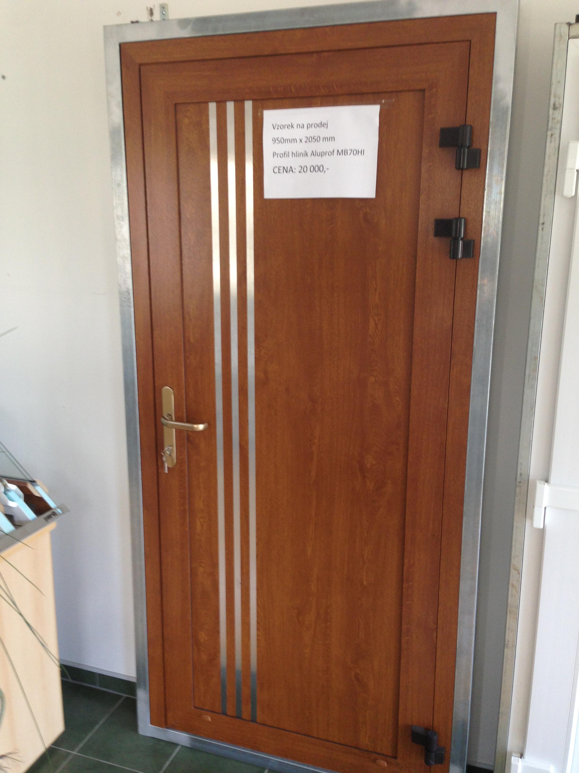 Hliníkové dveře cena